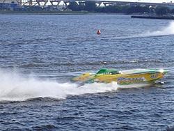 Milwaukee race pics...-paradice-up-close-2-medium-.jpg