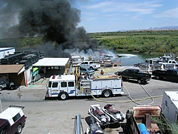 Fourteen boats burn on the dock!-dscn1874.jpg