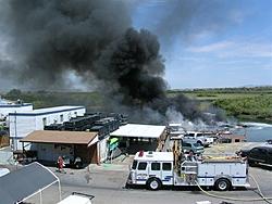 Fourteen boats burn on the dock!-dscn1876.jpg