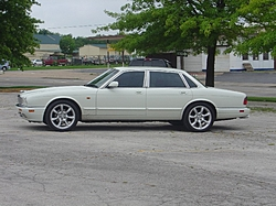 Opinions on the 1997 Jaguar XK8-dsc00487.jpg