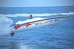 Baja Outlaw 24 vs Velocity 260...-bredwater.jpg