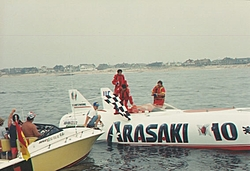 Offshore Racing......Then and Now-arasaki-flag.jpg