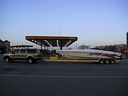 Towing with an H-2 Hummer-gas-station-night-.jpg