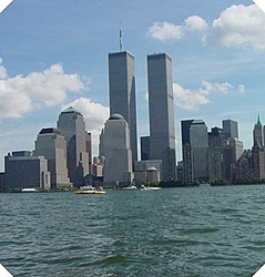 Twin Towers/Raceboat pic-resize-manhattan-skyline-before-tradegy-9-9-01.jpg
