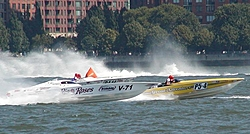 Pics from the SBI NYC Race-sbi_nyc-2004-39-greatadventure_rioroses.jpg