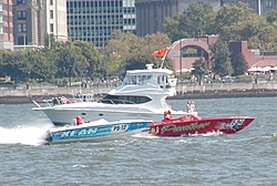 Pics from the SBI NYC Race-sbi_nyc-2004-59-panther_kean.jpg