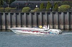 Pics from the SBI NYC Race-sbi_nyc-2004-102-frenzfountain.jpg