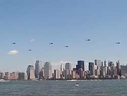 Pics from the SBI NYC Race-sbi_nyc-2004-94-nyc_hlcptr.jpg