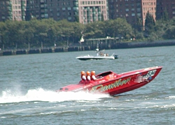 Pics from the SBI NYC Race-sbi_nyc-2004-22-panther1.jpg