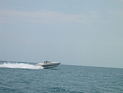 Floating Reporter-9/19/04-New Gun Comes To Town-boat9.jpg