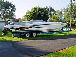 35 Fountain Pictures-starboard-side-driveway-large-web-view.jpg