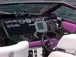 cigarette's new 39-chris-craft-cockpit-helm.jpg