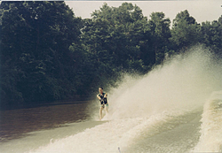 You pick!  Which boat throws the meanest Rooster Tail?-scarab-barefooting-2.jpg