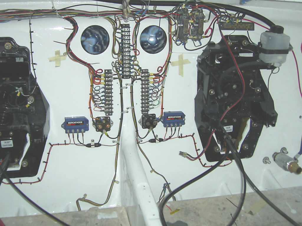 Bravo 3 leaking water into bilge Page: 1 - iboats Boating Forums