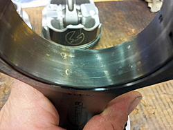 Rod main bearing looking bad after 80H-2012-10-17-21.11.47.jpg
