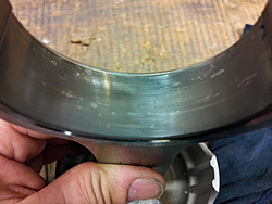 Rod main bearing looking bad after 80H-2012-10-17-21.11.07.jpg