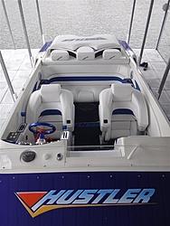 New to me 99 388 Slingshot-deck-cockpit.jpg
