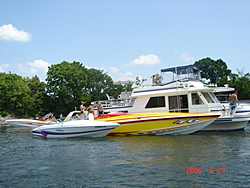 Check out these boats and babes-dsc00265.jpg