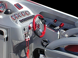 Sunsation Powerboats tests new 32 SSR-mid-ship.jpg