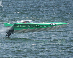 Looking for great race boat-rd5_running9large.jpg