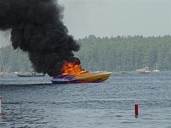 2001 Outerlimits burns at Winnipesaukee-badday71605-017-small-.jpg