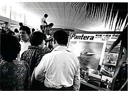 Pantera pics. from the early days ( History )-boat-show-early-days.jpg
