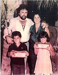 Pantera pics. from the early days ( History )-family-pic.jpg
