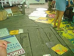 Apostle Islands Poker Run Pics-floorsigns.jpg