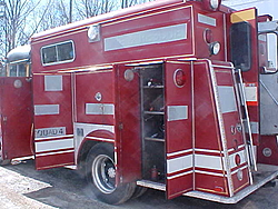 Check out this service truck! CMT TRICK MY TRUCK!-mvc-007s.jpg