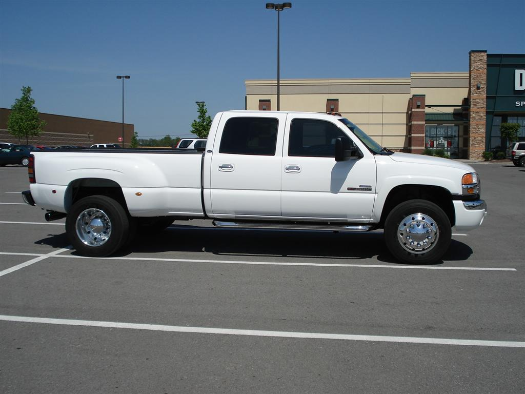 19 5 S On A Gmc Dually Offshoreonly Com
