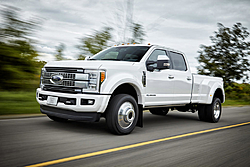 '17 Superduty who gets one first.-2017-ford-f-450-super-duty-platinum-crew-cab-4x4-front-three-quarter-motion-03.jpg