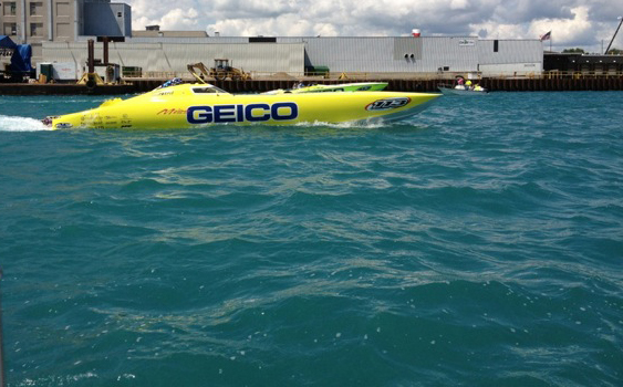 Like an aquatic phoenix, Miss GEICO rises from the ashes to ride again. (Photo courtesy of Marc Granet.)