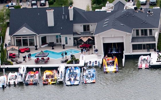 Ron Szolack hosts his annual Flight Club SkaterFest at his impressive lakefront house in Harrison Township, Michigan. (Photo by Jay Nichols/Naples Image.)