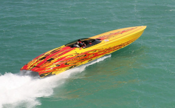 Finished product—the fully dressed SV 50 from Outerlimits. (Photo courtesy of the Florida Powerboat Club.)