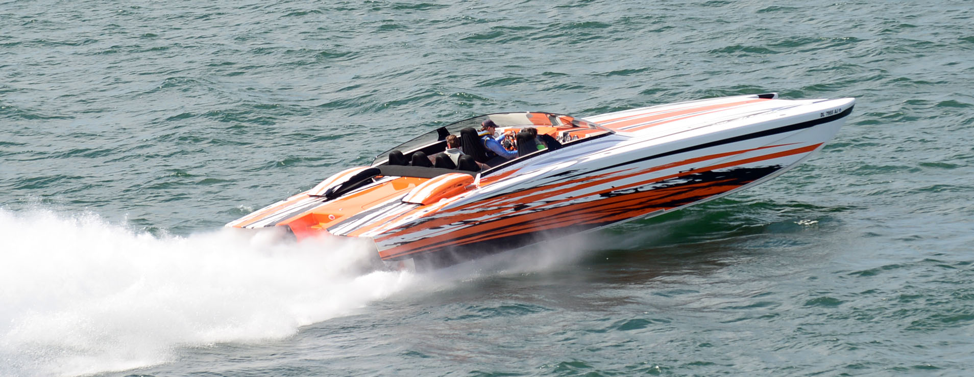 The sixth annual Hartwell Lake Poker Run in South Carolina attracted more than 200 boats. Photo courtesy Ashley Addison Photography