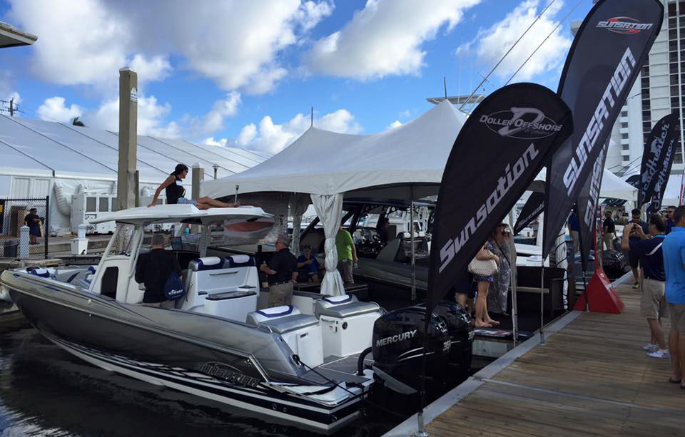 The first 32 CCX from Sunsation Boats made its public debut this week at the Fort Lauderdale International Boat Show.