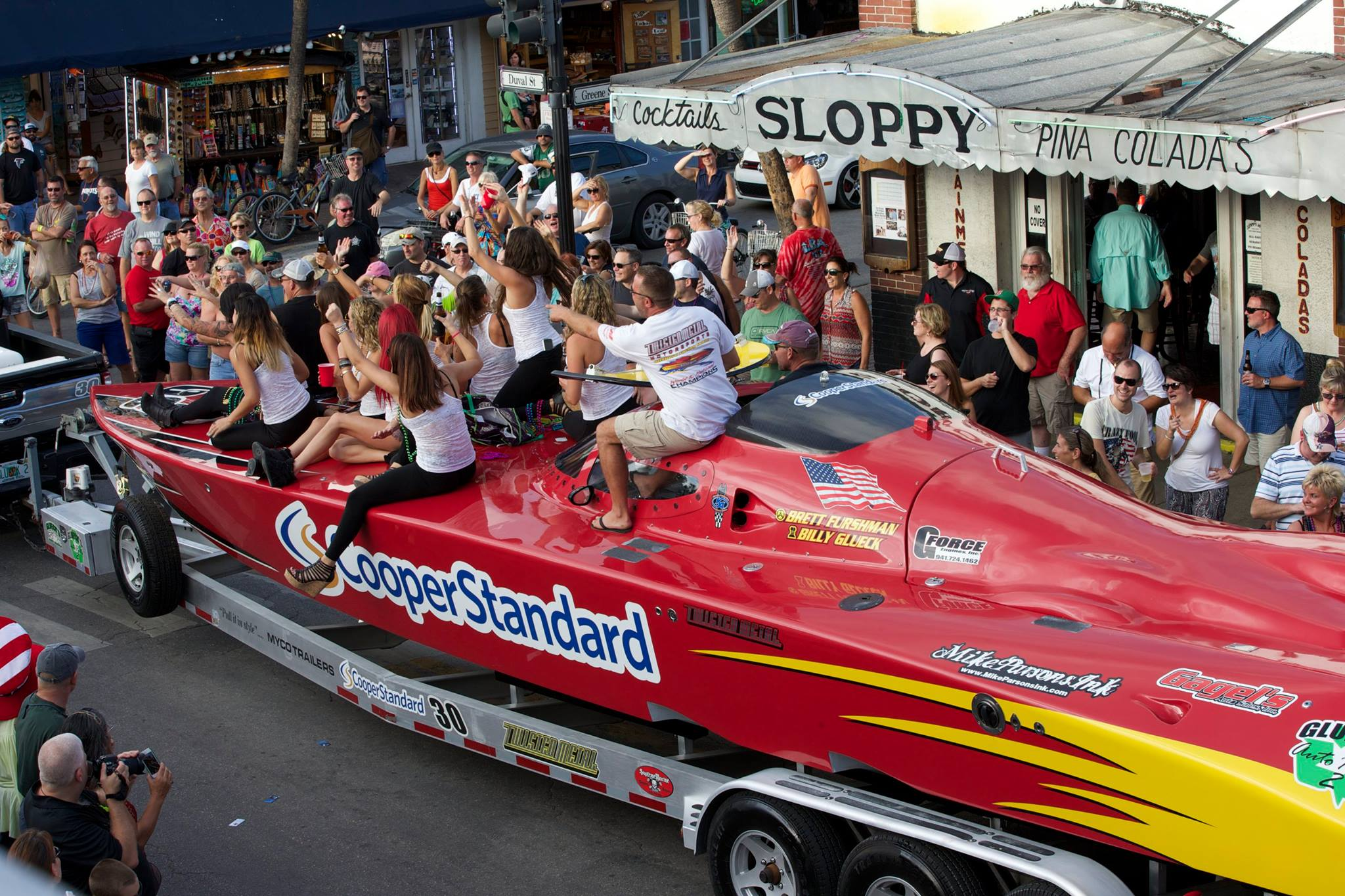 Twisted Metal/Cooper Standard is out to keep its new sponsor and bring home a Superboat Extreme-class world title.