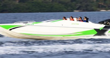 Blake and Brock Gratton will their triple outboard engine-powered Spectre catamaran in the 2016 event celebrating their father. Photo by Pete Boden/Shoot 2 Thrill Pix. (https://www.facebook.com/Shoot-2-Thrill-Pix-130528070292399/?fref=ts)