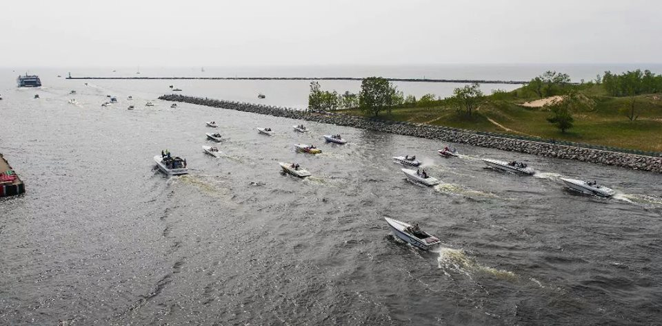With member boats ranging from 18 feet to 52 feet, West Michigan Offshore strives to make the club inclusive to all powerboaters. Photo by Roger Zuidema