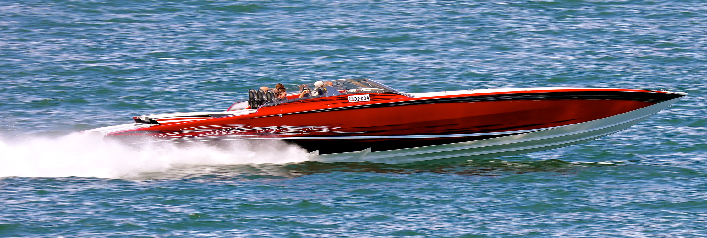 Owning a beautiful high-performance powerboat such as this Skater V-bottom doesn't mean you have to go without a VHF radio. At the very least, a handheld VHF unit is an option. Photo by Pete Boden/Shoot 2 Thrill Pix. (https://www.facebook.com/Shoot-2-Thrill-Pix-130528070292399/?fref=ts)