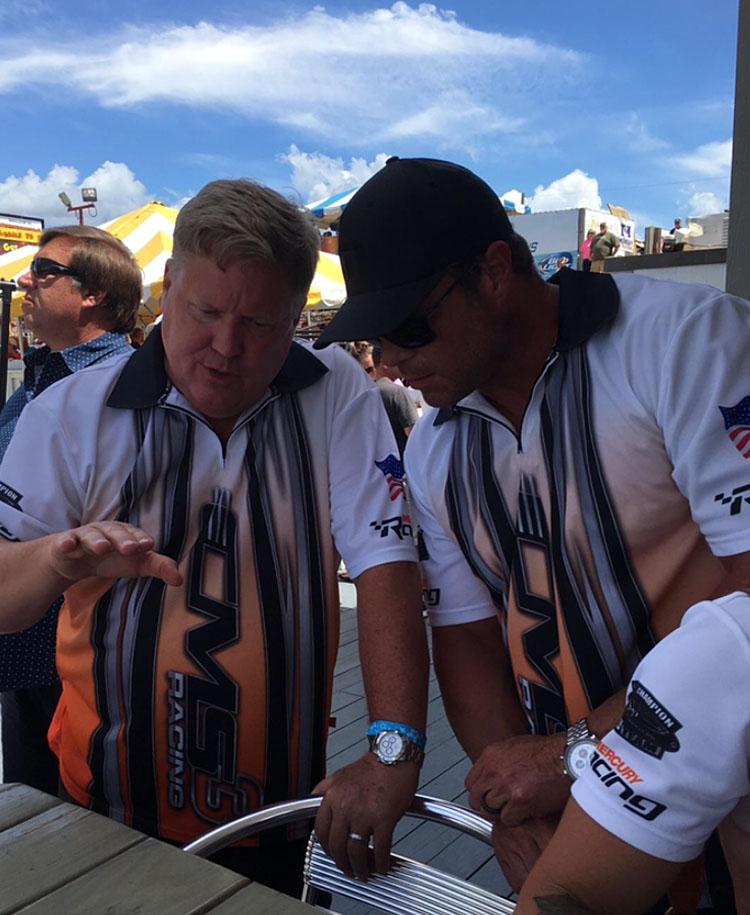Harris gives his teammate a little driving advice in Marathon, Fla. Photo courtesy Rusty Rahm