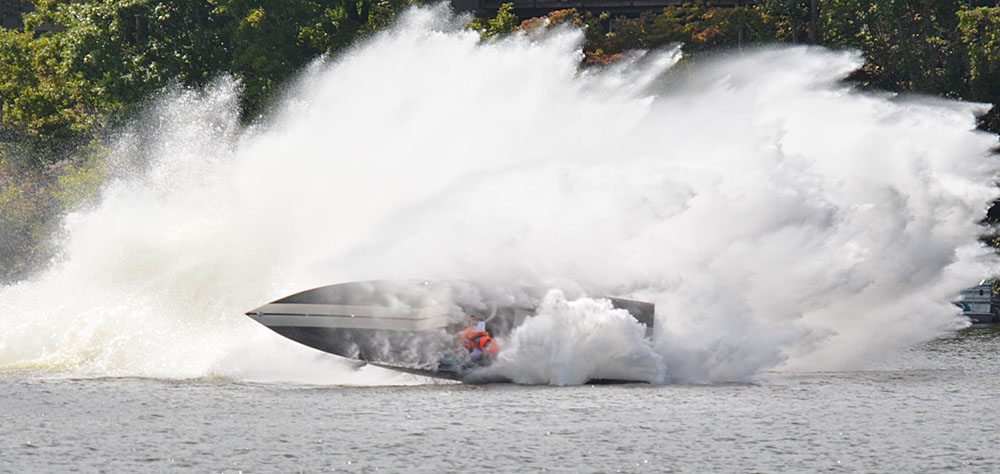 Jeff McCann was lucky to survive this crash at the Lake of the Ozarks Shootout—so he's decided to pay it forward to those who saved his life. Photo courtesy Sam Jirik