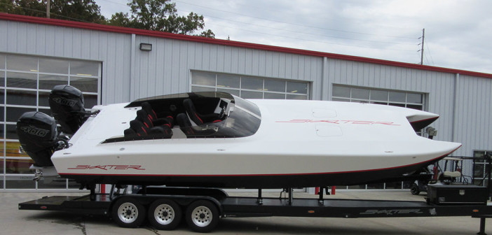 Skater's third 318 catamaran to hit the water was rigged at Performance Boat Center, the Missouri dealership that sold the boat.