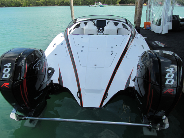 MTI 340X cat equipped with Mercury Racing's new 400R Carbon Edition power package, Photo by Offshore Public Relations
