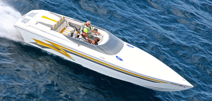 Boyne Thunder Poker Run Marshal Boat To The Rescue